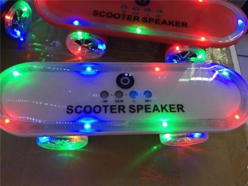Loa bluetooth ván trượt Scooter 7 màu Led độc đáo giá rẻ hcm