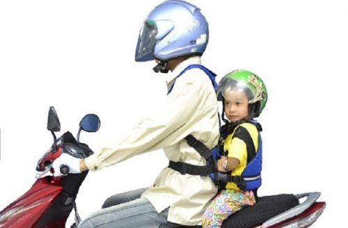 Đai địu em bé đi xe máy an toàn chất lượng hcm