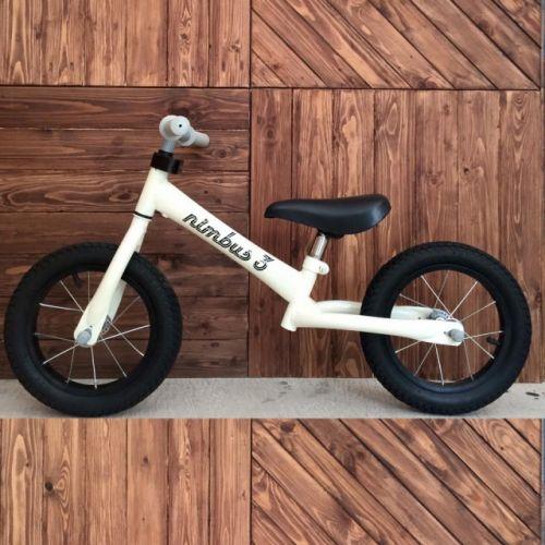 Xe đạp cân bằng cho bé an toàn chất lượng chính hãng