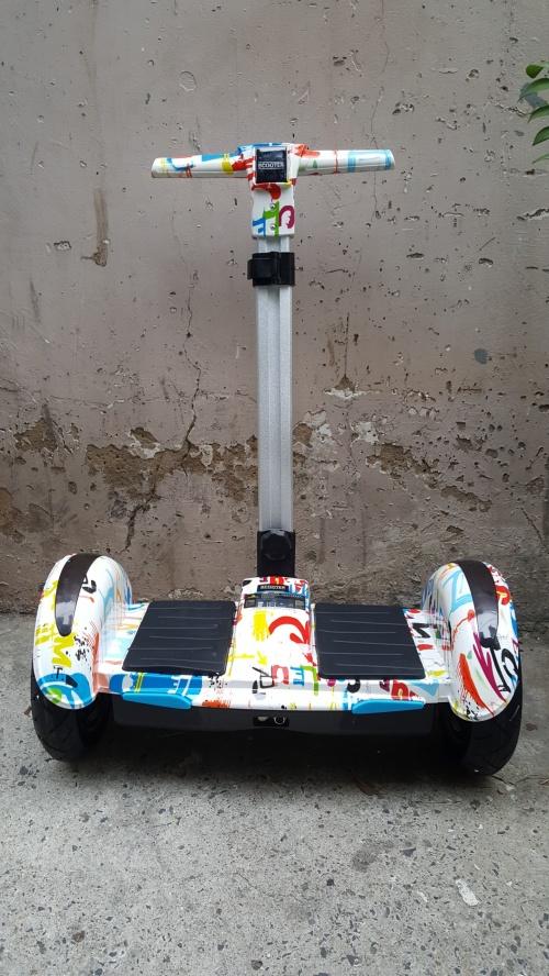Xe Điện Cân Bằng 10 Inch Có Remote điều khiển Màu Đỏ Trắng Vân Màu Chợ bán sản phẩm xe điện đẹp tốt cao cấp uy tín giá rẻ
