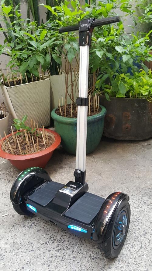 Xe Điện Cân Bằng Có Nhạc Bluetooth 10 Inch Màu Đen Chợ bán sản phẩm xe điện đẹp tốt cao cấp uy tín giá rẻ